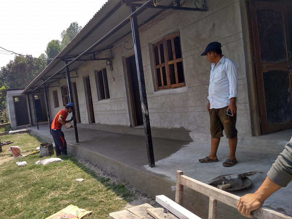 Aufbau Primarschule Bhairabi in Ratmate